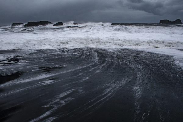 Icelandic scene. by rontear