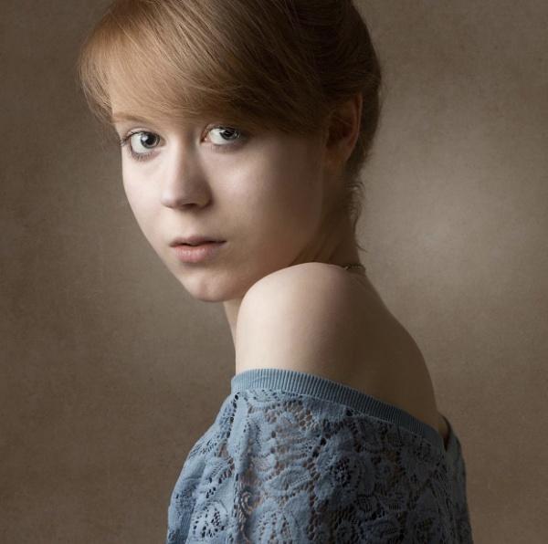 Evie by JRMGallery