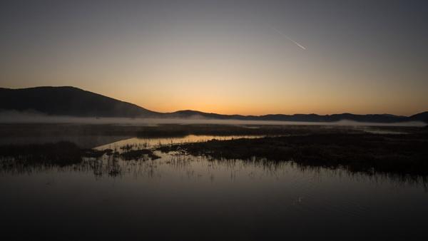 Sunrise over the lake by Yebach
