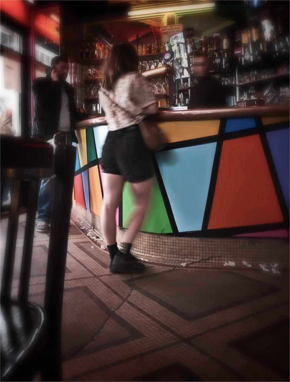 Belleville bar action