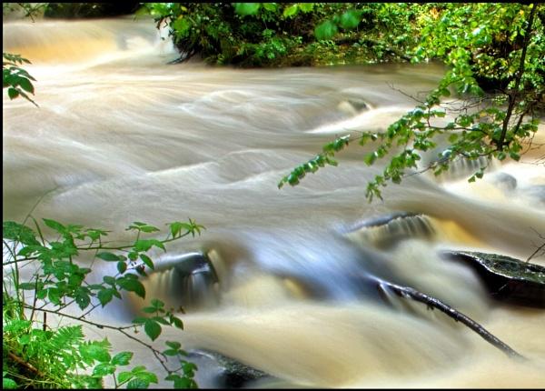 Nant Clydach Water by glyndwr