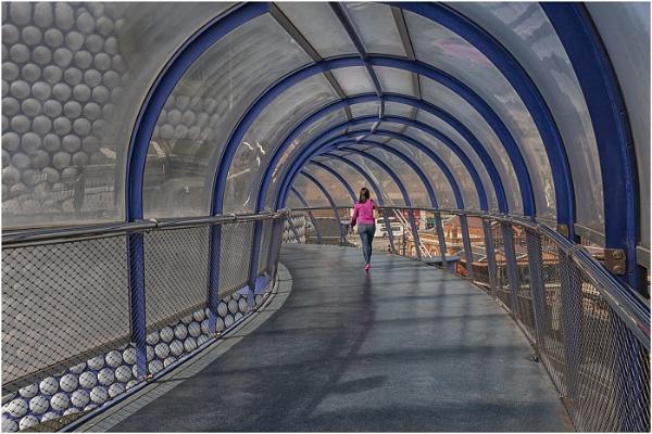 Walking the bridge by stevenb