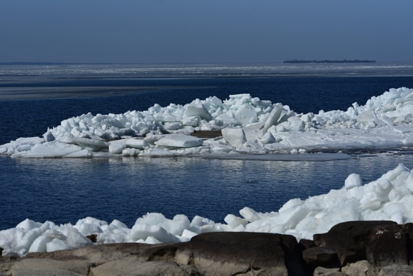 Another pile of ice by djh698