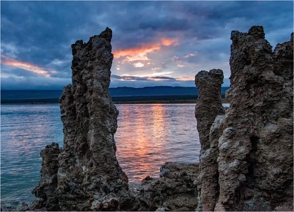 Mono Lake by dven