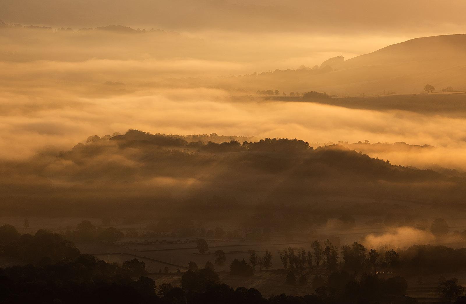 Mist, Light and Shadows