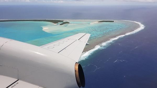 Approaching Aitutaki by davek