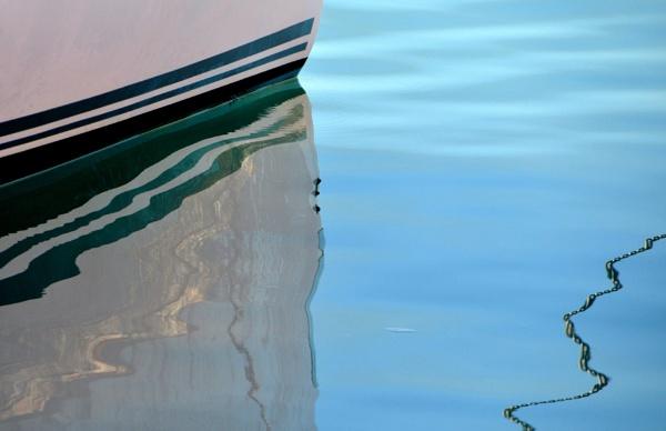 Boat reflections... by Chinga