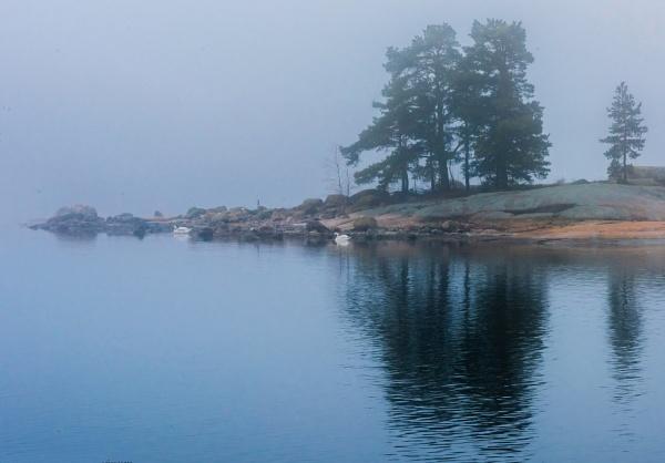 Island. by Jukka