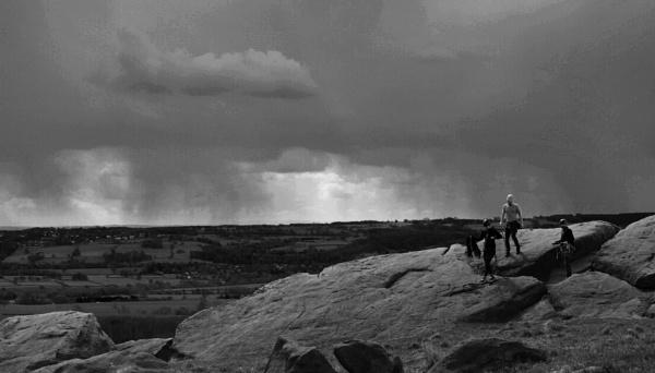 The approaching storm by shishidog