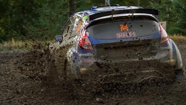 Mud, everywhere mud by barthez