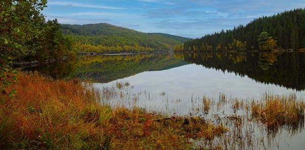 Dundreggan Reservoir by Ffynnoncadno