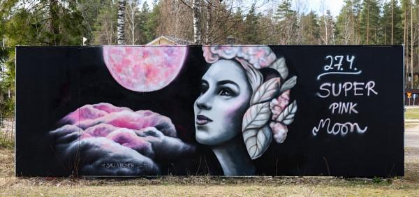 Super pink moon. by Jukka
