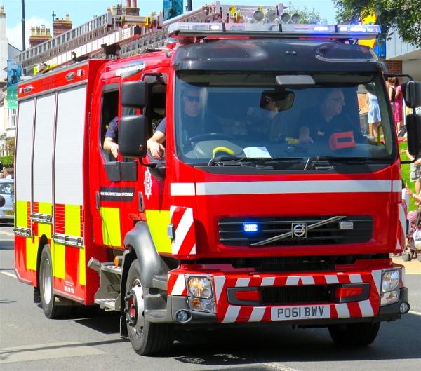 Fire truck by ddolfelin