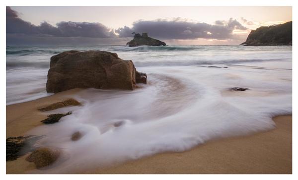 Portelet Bay  Waves by happysnapper