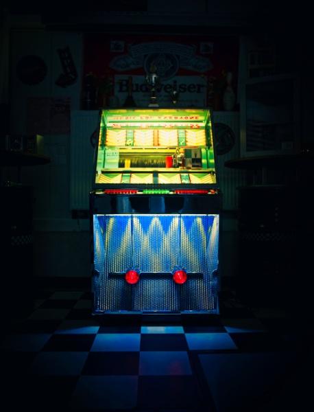 Jukebox in the dark by icipix