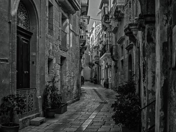 Hilda Tabone Street #2 by Xandru