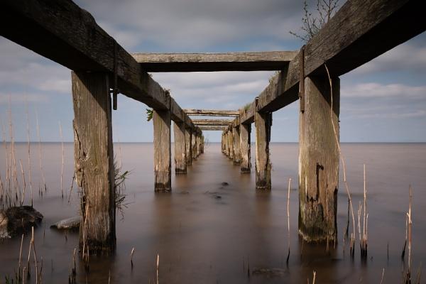 Under the boardwalk by Bajob3