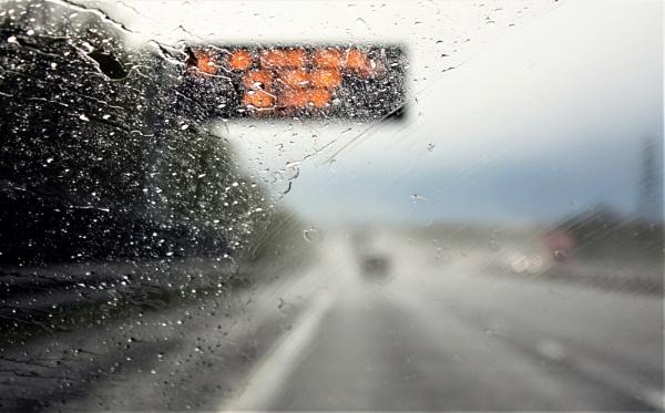 On the motorway by helenlinda