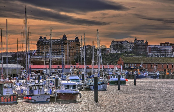 Scarborough Harbour by harrywatson