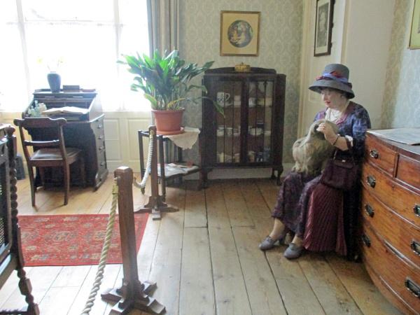 Mrs. Pumphrey and Triki-Woo by Hurstbourne