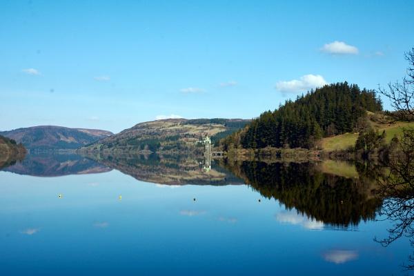 Lake Vyrnwy, Powys by Meditator