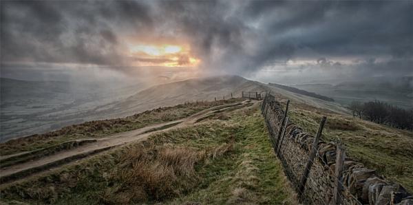 Early Morning Cloud by Gavin_Duxbury