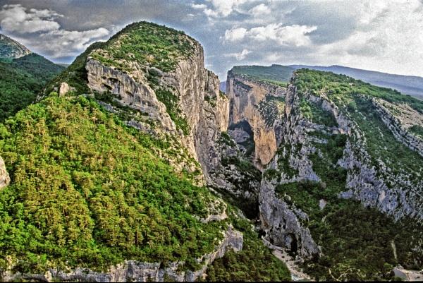 Verdon Gorge, France by malburns