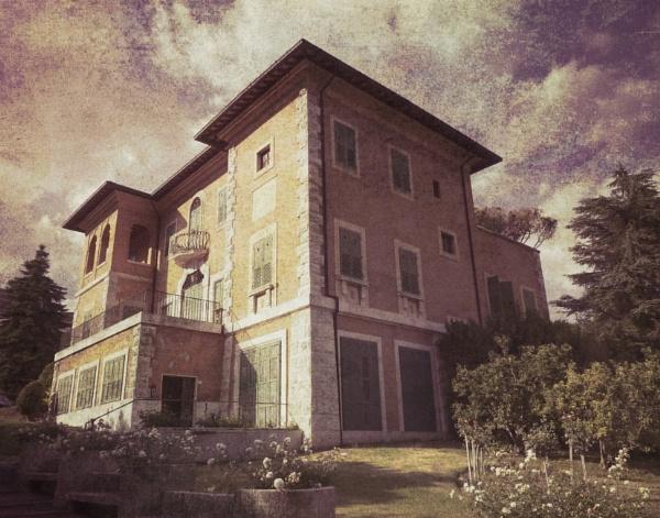 The Villa by Philip_H