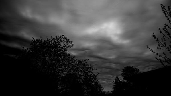 Strange clouds by banehawi