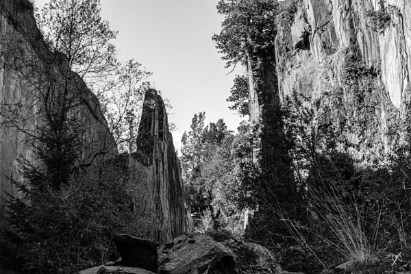 Slate quarry - Travassac by chataignier