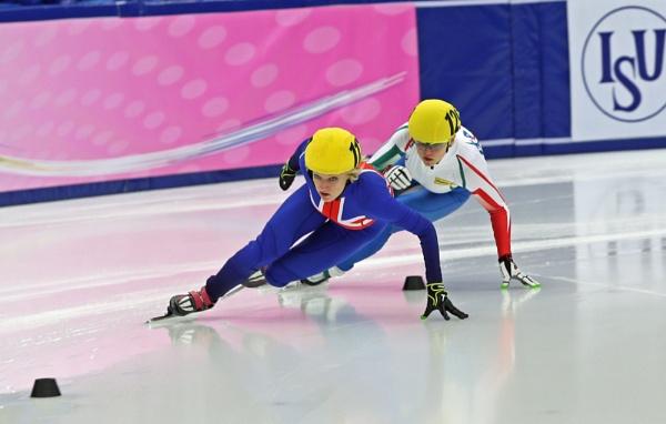 Short Track Speed Skating (Elise Christie) by goochian3