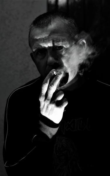 Last smoke by Madoldie