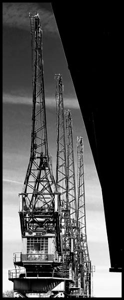 Princes Wharf Cranes by ZenTony