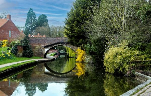 Spring at Bridge 38 by Ffynnoncadno