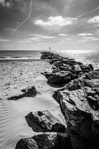Beach & sky by John21