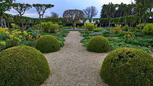 Loseley House Gardens by Meditator