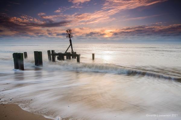 Gorleston Beach At Sunrise by mpat72