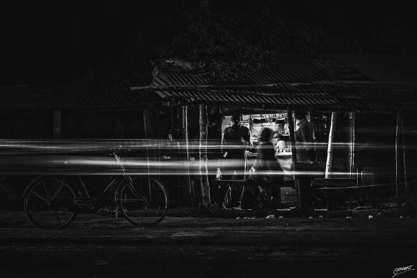 Dark Corners... by clicknimagine