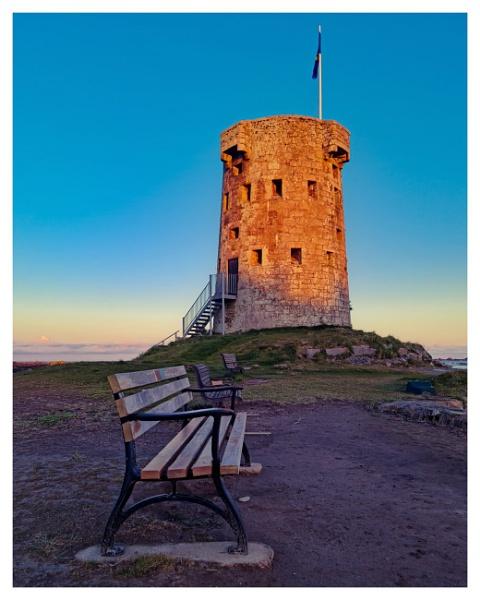 Sunlit Tower by happysnapper
