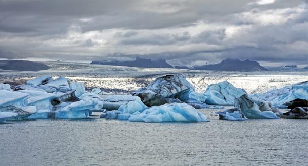 Jokulsarlon Lagoon, Iceland by pdunstan_Greymoon