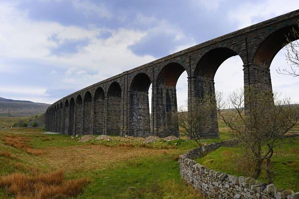 Ribblehead Viaduct by robertsnikon
