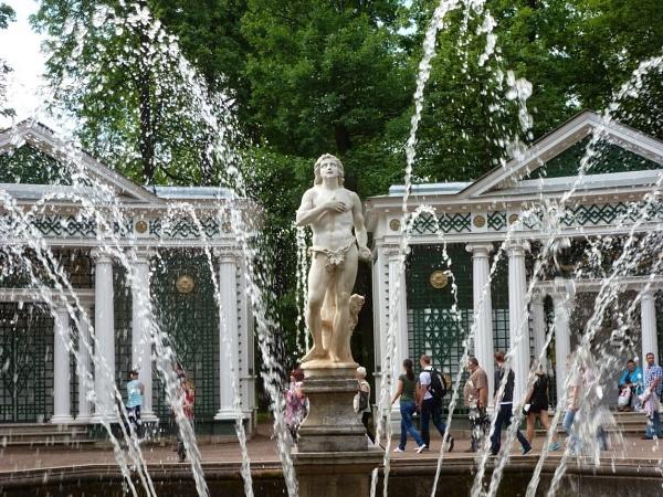 Peterhof Palace Gardens.  St Petersburg by Don20