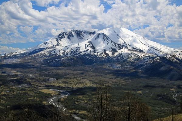Mount St Helen Washington State by Janetdinah