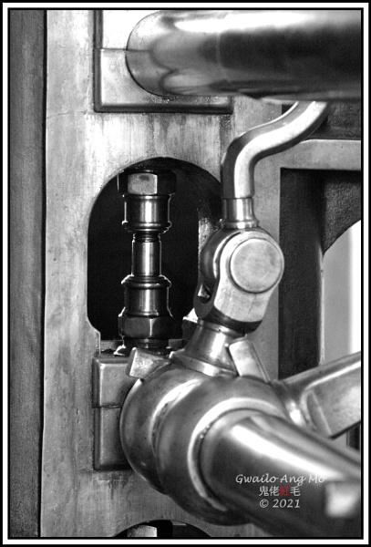 Dreadful engines (2) by GwailoAngMo