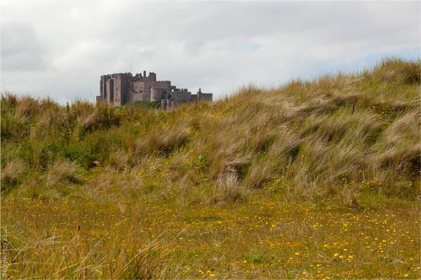 Bamburgh Castle by blrphotos