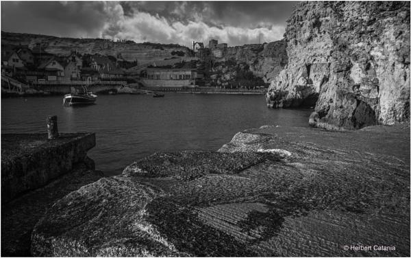 Bollard & Boat by Herbert_Catania