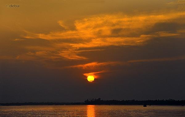 Sunset in the Sundarbans by debu