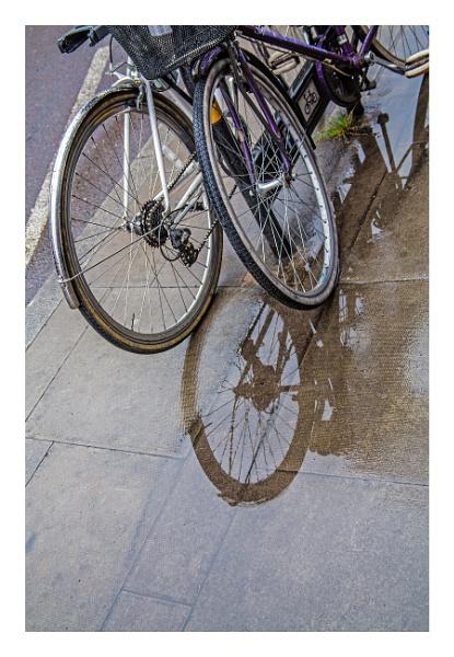 three wheels in Islington by estonian