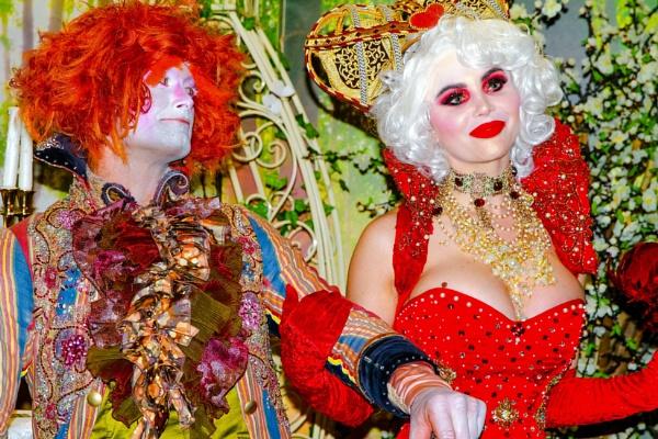 Mad Hatter & Queen of Hearts by goochian3