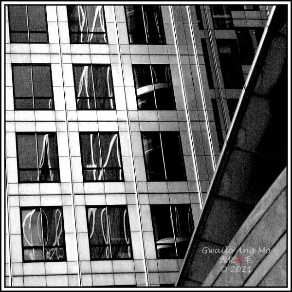 Canary Wharf (1): Angles by GwailoAngMo
